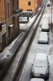καλυμμένη πόλη οδός χιονι&omi Στοκ εικόνες με δικαίωμα ελεύθερης χρήσης