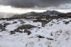Καλυμμένη χιόνι άποψη Snowdon στοκ εικόνα