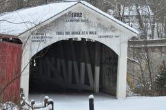 καλυμμένο γέφυρα χιόνι Στοκ Εικόνα