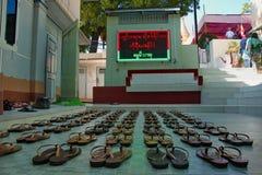 Καλόγριες νέων κοριτσιών παπουτσιών στοκ φωτογραφία με δικαίωμα ελεύθερης χρήσης