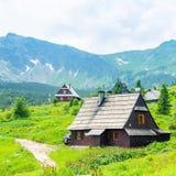 Καλύβα, εξοχικό σπίτι στα βουνά Tatra Πράσινος τουρισμός σε στίλβωση Τετράγωνος Στοκ εικόνες με δικαίωμα ελεύθερης χρήσης