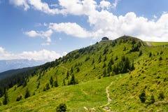 Καλύβα στο βουνό Wildenkarkogel στις Άλπεις, saalbach-Hinterglemm, Αυστρία Στοκ Εικόνα
