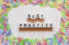 Καλύτερης πρακτικής έννοια λέξεων στοκ φωτογραφίες
