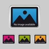 Καμία διαθέσιμη - ασημένια μεταλλική αυτοκόλλητη ετικέττα - ζωηρόχρωμη διανυσματική απεικόνιση εικόνας - που απομονώνεται στο γκρ ελεύθερη απεικόνιση δικαιώματος