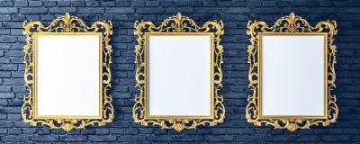 Καμβάς με τα εκλεκτής ποιότητας χρυσά πλαίσια στο τουβλότοιχο διανυσματική απεικόνιση