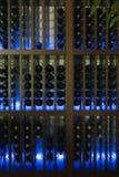 καμμένος κρασί ραφιών Στοκ Εικόνες