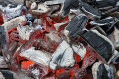 Καμμένος σχάρα ξυλάνθρακα Στοκ εικόνες με δικαίωμα ελεύθερης χρήσης