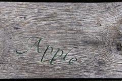 Καμπές της Apple στον πίνακα Στοκ εικόνες με δικαίωμα ελεύθερης χρήσης