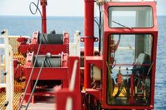 Καμπίνα γερανών στην πλατφόρμα κατασκευής Καμπίνα ελέγχου του χειριστή γερανών Στοκ εικόνες με δικαίωμα ελεύθερης χρήσης