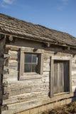 Καμπίνα κούτσουρων πρωτοπόρων, αναδρομικός, παλαιά, κούτσουρα, ιστορικό, δυτικό χωριό στοκ εικόνα