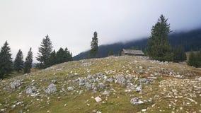Καμπίνα σε έναν λόφο Στοκ Εικόνες
