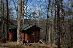 Καμπίνα στα δάση στοκ φωτογραφία
