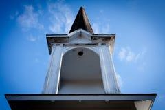 καμπαναριό μπλε ουρανού Στοκ φωτογραφία με δικαίωμα ελεύθερης χρήσης