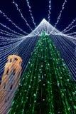 Καμπαναριό χριστουγεννιάτικων δέντρων και καθεδρικών ναών σε Vilnius της Λιθουανίας Στοκ Εικόνα