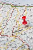 Καμπομπάσσο που καρφώνεται σε έναν χάρτη της Ιταλίας Στοκ Εικόνες