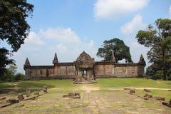 Καμπότζη preah ναός vihear Επαρχία Vihear Preah η banteay λίμνη της Καμπότζης angkor lotuses συγκεντρώνει siem το ναό srey Στοκ Εικόνες