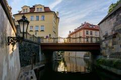 Κανάλι ποταμών στην Πράγα Στοκ Φωτογραφίες
