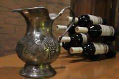 Κανάτα κρασιού στοκ φωτογραφίες με δικαίωμα ελεύθερης χρήσης