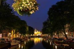 Κανάλια του Άμστερνταμ νύχτας Στοκ Εικόνες