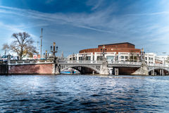 Κανάλι και γέφυρα Στοκ Εικόνες