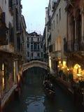 Κανάλι, νύχτα στη Βενετία Στοκ Φωτογραφίες