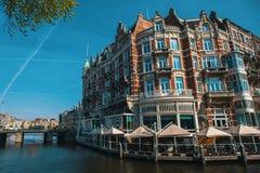 Κανάλι στο Άμστερνταμ κεντρικό, Κάτω Χώρες Ταξίδι Στοκ Εικόνες