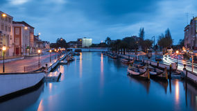 Κανάλι του Αβέιρο τη νύχτα - Πορτογαλία Στοκ Εικόνα
