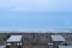 Κανένας στον καφέ πέρα από την άποψη θάλασσας Στοκ εικόνες με δικαίωμα ελεύθερης χρήσης