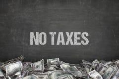 Κανένα φορολογικό κείμενο στο μαύρο υπόβαθρο Στοκ φωτογραφία με δικαίωμα ελεύθερης χρήσης