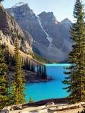 Καναδάς, όμορφη λίμνη Moraine, Banff NP Στοκ Εικόνες
