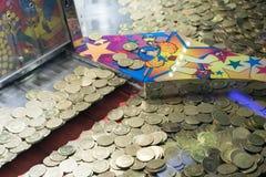 Καναδικά ευρισκόμενα στη μέση του δρόμου σημεία Arcade από τους καταρράκτες του Νιαγάρα Στοκ φωτογραφία με δικαίωμα ελεύθερης χρήσης