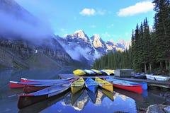 καναδική λίμνη κανό δύσκολη Στοκ Εικόνα