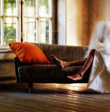 καναπές γυμνός Στοκ Εικόνες