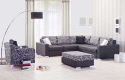 Καναπές γωνιών που τίθεται για το σπίτι Στοκ φωτογραφία με δικαίωμα ελεύθερης χρήσης