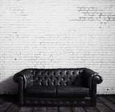 Καναπές δέρματος Στοκ Εικόνες