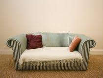 καναπές Στοκ Φωτογραφίες