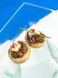 Καναπεδάκια βόειου κρέατος Στοκ φωτογραφία με δικαίωμα ελεύθερης χρήσης
