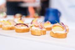 Καναπεδάκια σολομών ceviche Στοκ Φωτογραφία