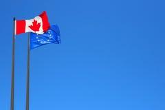 Καναδικές και ευρωπαϊκές σημαίες Στοκ φωτογραφία με δικαίωμα ελεύθερης χρήσης