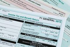 Καναδική μεμονωμένη φορολογική μορφή Στοκ φωτογραφία με δικαίωμα ελεύθερης χρήσης