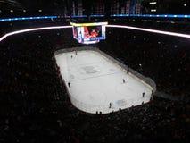 Καναδικός και αμερικανικός NHL αγώνας του ΜΟΝΤΡΕΑΛ, του ΚΑΝΑΔΑ, στάδιο κεντρικών κουδουνιών, εθνικό πρωτάθλημα χόκεϊ, κεντρικός χ Στοκ Φωτογραφίες