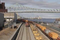 Καναδικό ειρηνικό φορτηγό τρένο στο λιμένα Μόντρεαλ Στοκ Φωτογραφίες