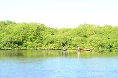 Κανό στον ποταμό στοκ εικόνες