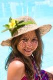 καπέλο κοριτσιών λίγη φθ&omicron Στοκ φωτογραφίες με δικαίωμα ελεύθερης χρήσης
