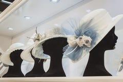 Καπέλα τελετής στην επίδειξη σε Si Sposaitalia στο Μιλάνο, Ιταλία Στοκ φωτογραφία με δικαίωμα ελεύθερης χρήσης