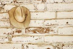 Καπέλο στον τοίχο Στοκ Εικόνα
