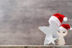 Καπέλο santa αστεριών Χριστουγέννων Πρότυπο Χριστουγέννων Υπόβαθρο Στοκ Φωτογραφία