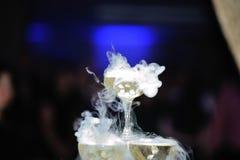 Καπνίζοντας σαμπάνια στοκ εικόνα