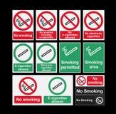 Καπνίζοντας σημάδια Στοκ φωτογραφία με δικαίωμα ελεύθερης χρήσης