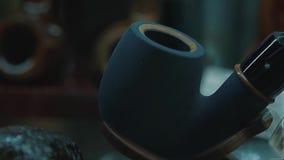 καπνίζοντας σωλήνας καπνώ& κίνηση αργή απόθεμα βίντεο